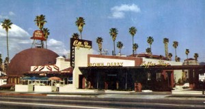 Hollywood_Brown_Derby_1952