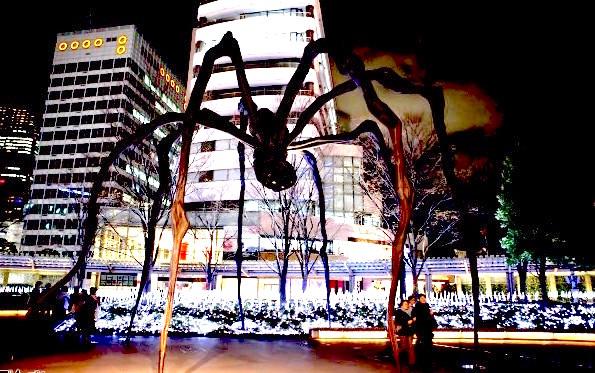Roppongi-Christmas-2010-013-G2824-600x400